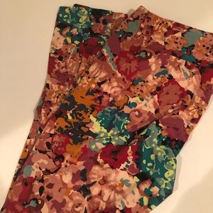 TC lularoe blush floral leggings. Worn once.